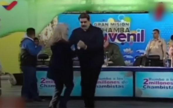Maduro Caracas'ta dans edip tumba çaldı!