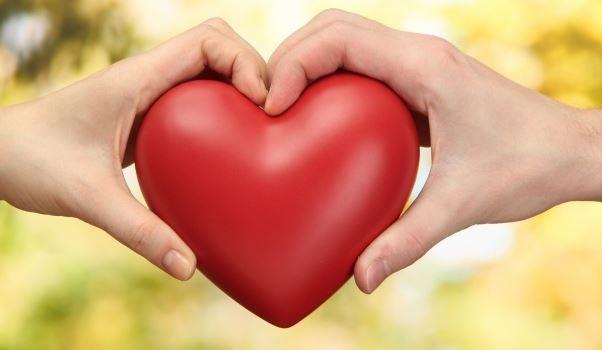 14 Şubat hediyeleri erkeğe ne alınır uygun hediye seçenekleri