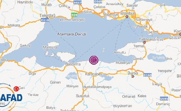 Son deprem Marmara Denizi'nde! Çevre illerde hissedildi
