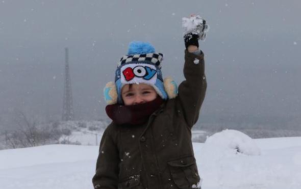 Kocaeli'de okullar tatil edildi valilik 8 Ocak kar tatilini duyurdu
