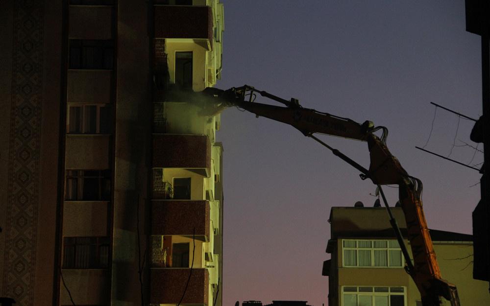 Kartal'da riskli binanın yıkımına başlandı! - Sayfa 2
