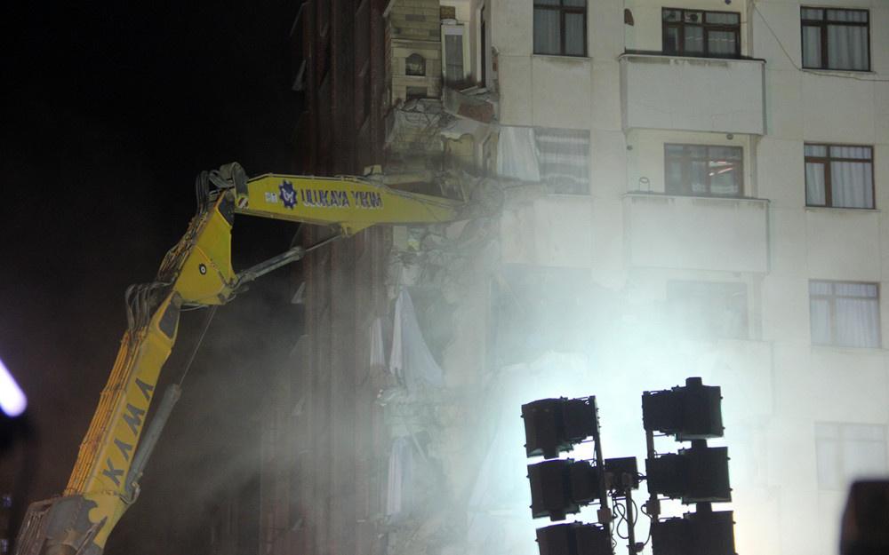 Kartal'da riskli binanın yıkımına başlandı! - Sayfa 3