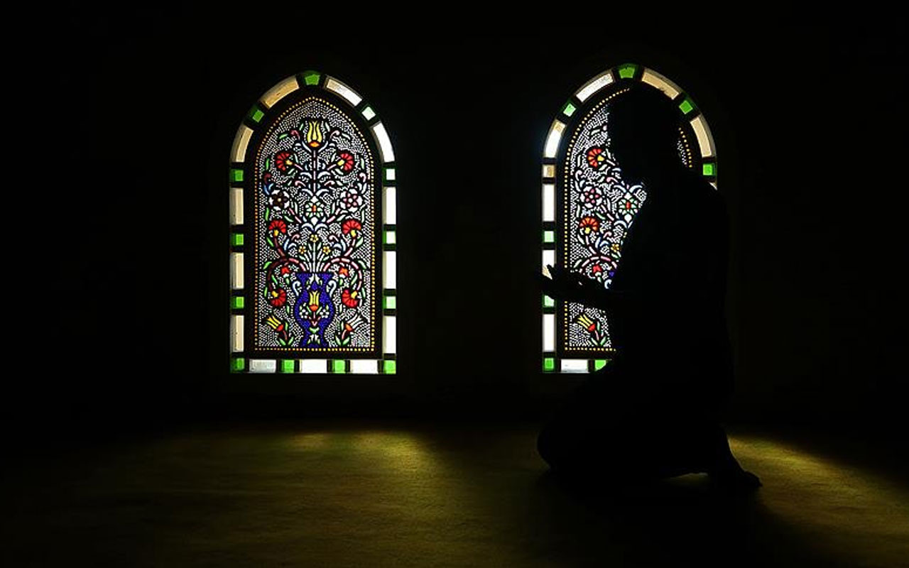 İslam karşıtı kitap yazarken Müslüman oldu