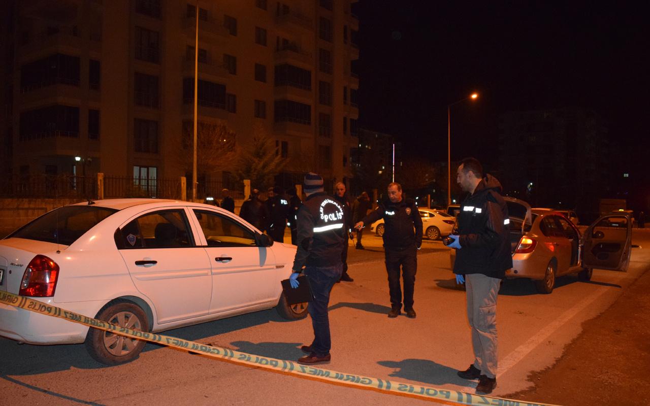 Malatya'da Bıçaklı kavga 1'i ağır 2 yaralı