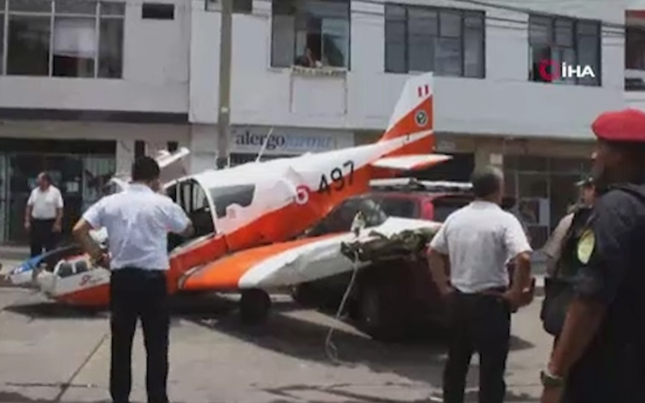 Peru'da uçak kazası: 2 yaralı