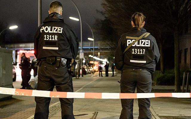 Almanya'da FETÖ'cülerden DİTİB üyesine bıçaklı saldırı!