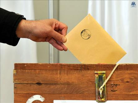 Adil Gür'den CHP için seçim anketi