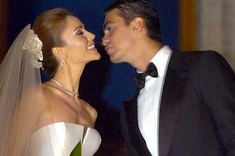Hangi ünlü kiminle evli?
