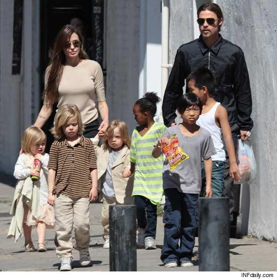 Angelina Jolie ve Brad Pittin düğünü: ayrıntılar 61