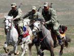 Van'ı koruyan Kırgız süvari korucuları