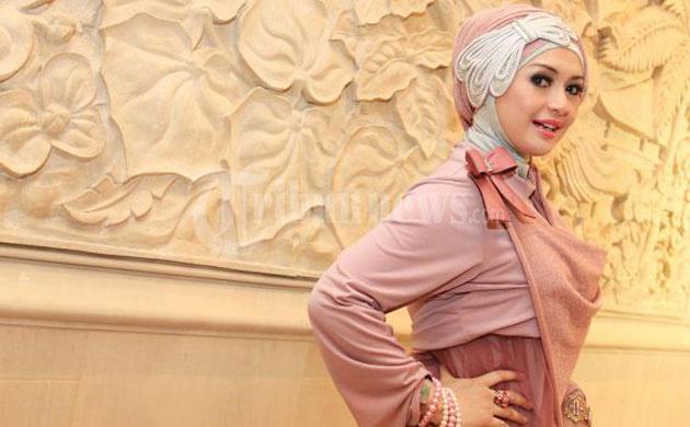 1 Miss Müslüman güzellik yarışması fotoğrafları video izle 2013