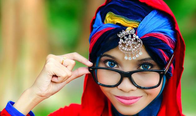 3 Miss Müslüman güzellik yarışması fotoğrafları video izle 2013