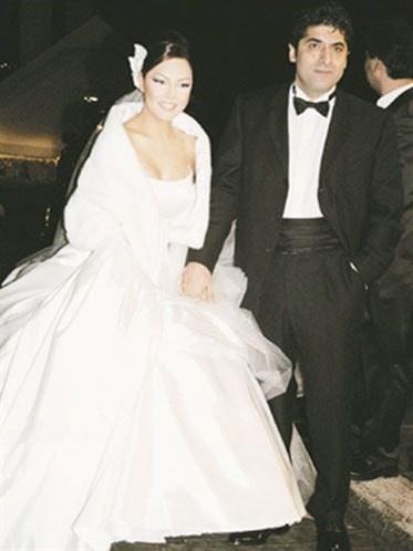 Ünlü isimlerin bilinmeyen düğün fotoğrafları -15-Ebru Gündeş ile Ömer Durak
