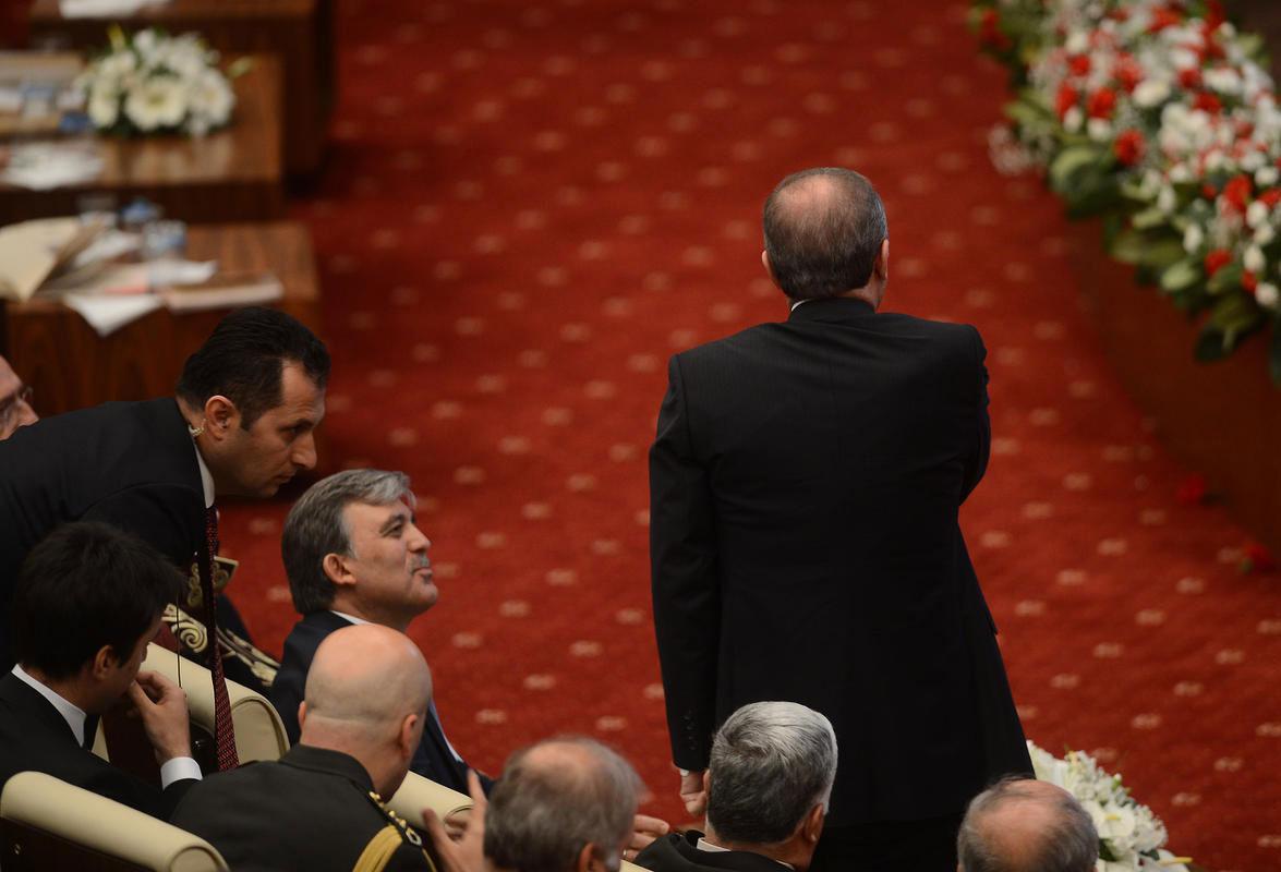 Erdoğan Danıştay'ı terketti 11