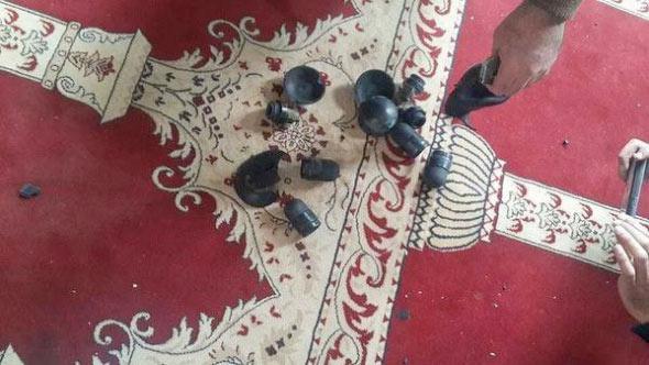 Israil askerleri mescid i aksa yı bastı