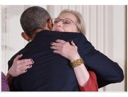 'Kocası biliyor, ona aşığım'