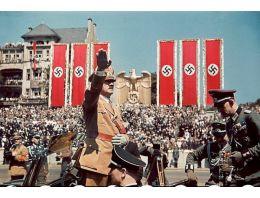 Hitler'in hiç görmediğiniz fotoğrafları