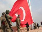 Kobani sınırında dev Türk bayrağı