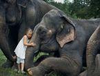 Vahşi hayvanlarla 12 yıl yaşayan kız