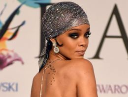 Yeni Kraliçe Rihanna!