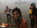 Hindistan'da Kumbh Meala festivali start verdi