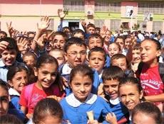 Okullar bir gün tatil edildi!