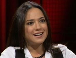 NTV'nin deneyimli çalışanlarından Banu Güven Leyla Zana röportajına izin çıkmayınca kanalla yollarının ayrıldığı söyledi