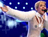 Miley Cyrus'a porno tepkisi TIKLA GÖR