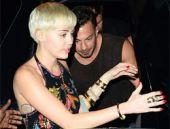Miley Cyrus Miami'yi salladı!