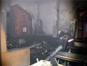 Esenyurt'ta Caferi Camisi kundaklandı