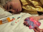 Miley Cyrus'un uyuşturucu kafası TIKLA GÖR