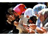 Başörtülü kadınlar IŞİD mağduru oldu