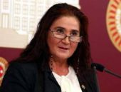 Sabahat Akkiraz'dan olay başörtüsü iddiası