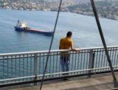 Boğaziçi Köprüsü'nde intihar şovu!