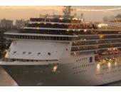Dev gemi İstanbul'u ana liman olarak seçti