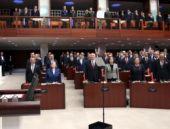 Meclis'in tarihi sınavı başlıyor