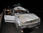 Otomobil ineğe çarptı: 1 ölü 4 yaralı