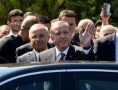 Kurban Bayramı namazında Erdoğan'ın ayakkabılarına koruma!