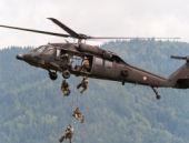 Hakkari'de askeri helikoptere ateş açıldı