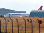 THY uçağı pistten çıkıp hangara çarptı