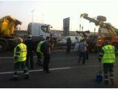 İstanbul'da tır felaketi! Trafik yine felç!