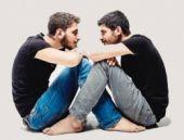 İlk evli gay çiftin başına gelmeyen kalmadı!