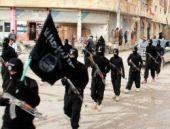 IŞİD askerleri sokak ortasında infaz etti!