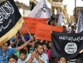 Nusra cephesi Idlib'de vilayet ve emniyete saldırdı