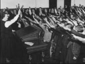 Hitler selamı yetkilileri harekete geçirdi