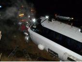 İşçileri taşıyan araç devrildi: Çok sayıda yaralı var!