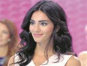 Nur Bozar makyajı nasıl yapılır?