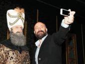 Selfie'nin hünkarı! Süleyman'ın karesi olay oldu!