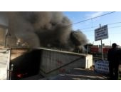 Topkapı Alt Geçidi'nde çok sayıda işyeri yandı!