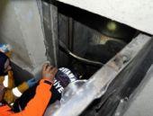 Asansör boşluğuna düşen çocuk öldü